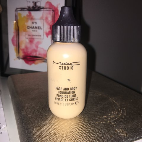 mac face and body foundation c3 used twice rrp 23 50 tom depop