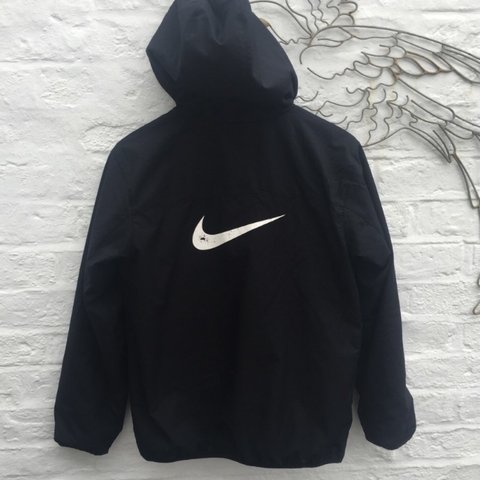 2e3bc55cf Vintage Nike jacket coat sweatshirt jumper top. Retro 90s on - Depop