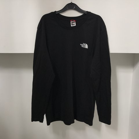 THE NORTH FACE BACK DETAIL BLACK LONG SLEEVE TOP SIZE M NEW - Depop d8846a469