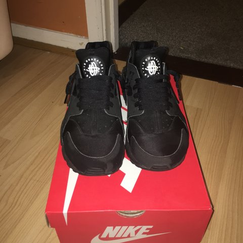 621be0275597 Triple black Nike huarache size 8.5 will fit size 8 hardly - Depop