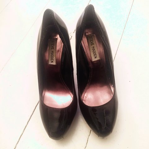 240b29c2ff6 Black Steve Madden shoes worn once for graduation. Slight on - Depop