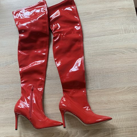 074fabad2c0 Over the knee boots ASOS in vernice rossa  asos  boots 37 - Depop