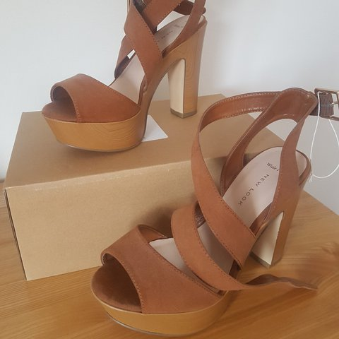 6dbf65e8dd6 New Look Wide Fit Brown Strappy Block Heels - Size 4 (will a - Depop