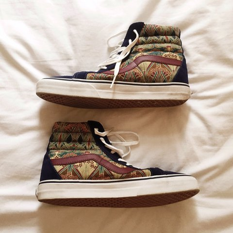 030fabd6 Vans x Liberty London Limited Edition trainers Sk8-Hi Size - Depop