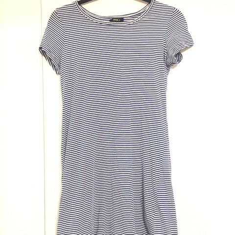 9ba575cb5969 blue and white striped t shirt dress from forever 21 size m - Depop