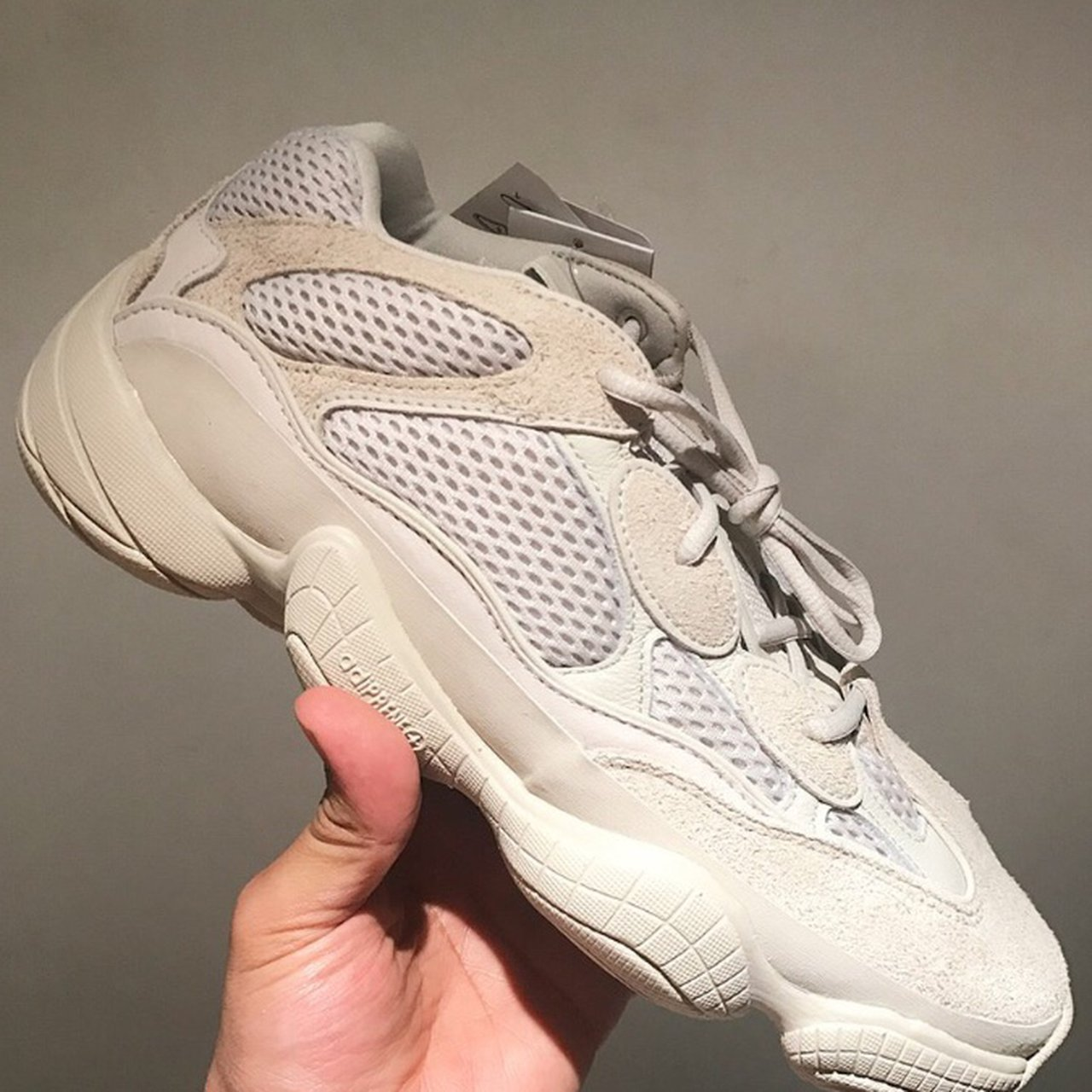 ef55bfe110394 Yeezy 500  Blush  Size 11.5 UK💊 Sold out fastt🌊 DM for and - Depop