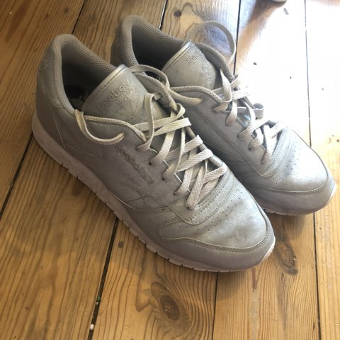 da39d2ae7946b Sparkle reebok trainers. Size 6 and quite worn