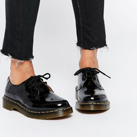1461 doc martens patent leather low top
