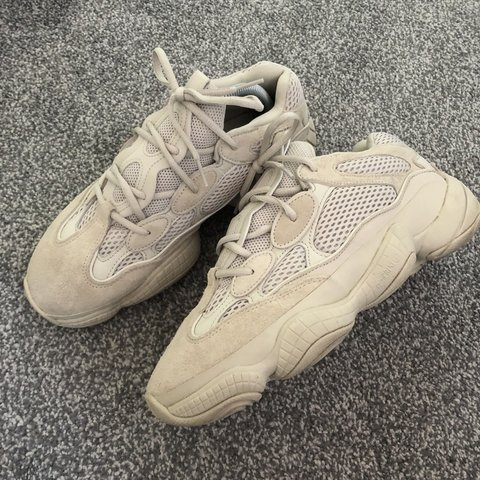 33f222cee ADIDAS YEEZY 500 BLUSH DESERT RAT (WITH OG BOX AND TAGS)    - Depop