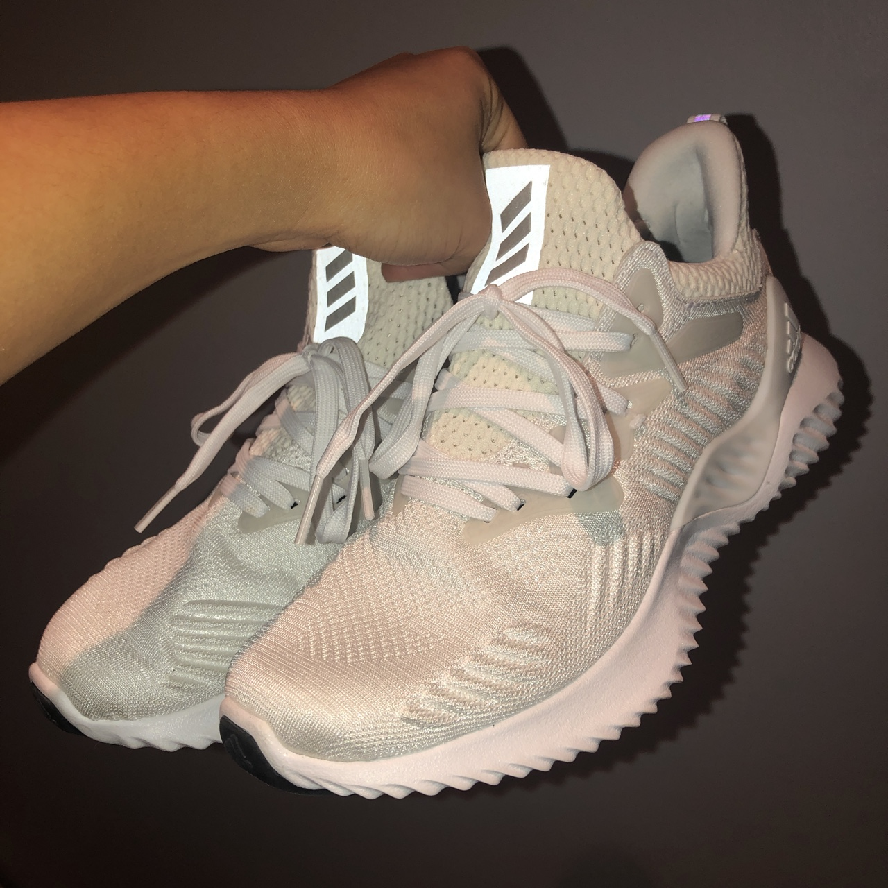White Adidas bounce trainers size 3.5, worn once to...