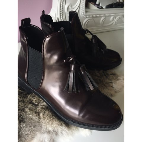 a78596a54f1a Zara chelsea rain boot with tassels    size 6    originally - Depop