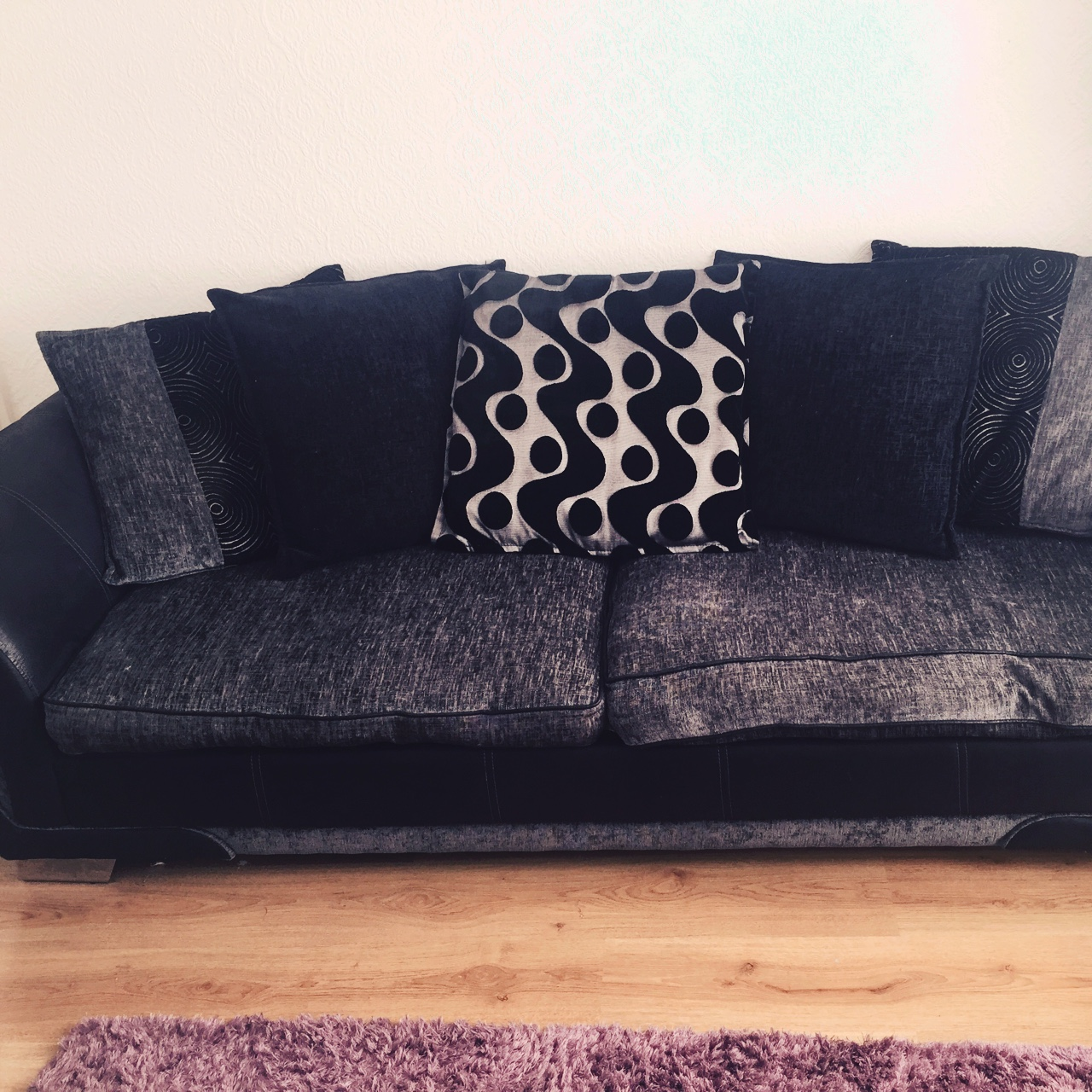 Stupendous 4 Seater Couch And Cuddle Chair Excellent Depop Squirreltailoven Fun Painted Chair Ideas Images Squirreltailovenorg