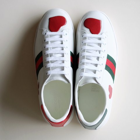 4eee23813a01 Gucci Ace Heart Embroidered Sneakers Size 37   US 6.5 New 2 - Depop