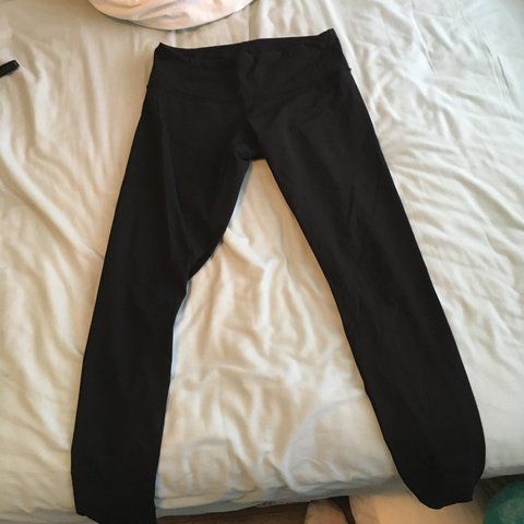 5f9f9e552ac5d Lulu lemon leggings. 9/10 condition. Cracking on lululemon - Depop