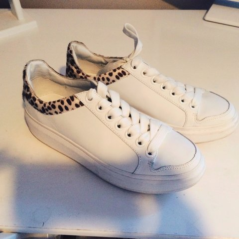 54edb6da1234 @claire_a_belle. 3 years ago. Drighlington, UK. Zara leopard print top  white platform trainers.