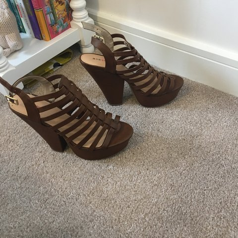 c12e0798bd5 JUST FAB chunky heel sandal. NEVER WORN! Completely new in - Depop