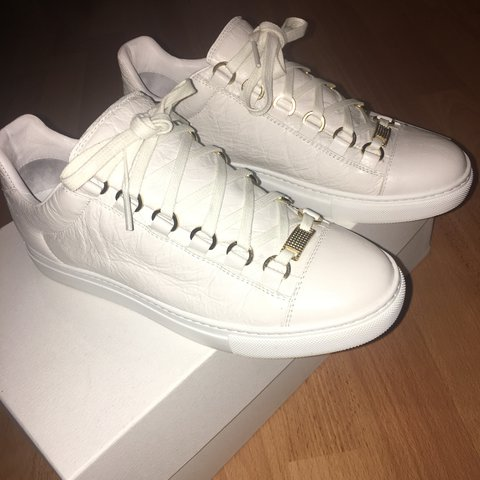 White size 4 women s Balenciaga low top Arenas bought as a a - Depop 5617c8133