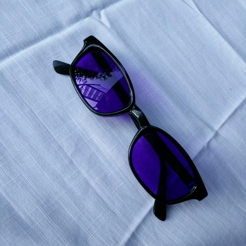 00183b1d1a49 I love these sunglasses, the purple colour is amazing and on - Depop