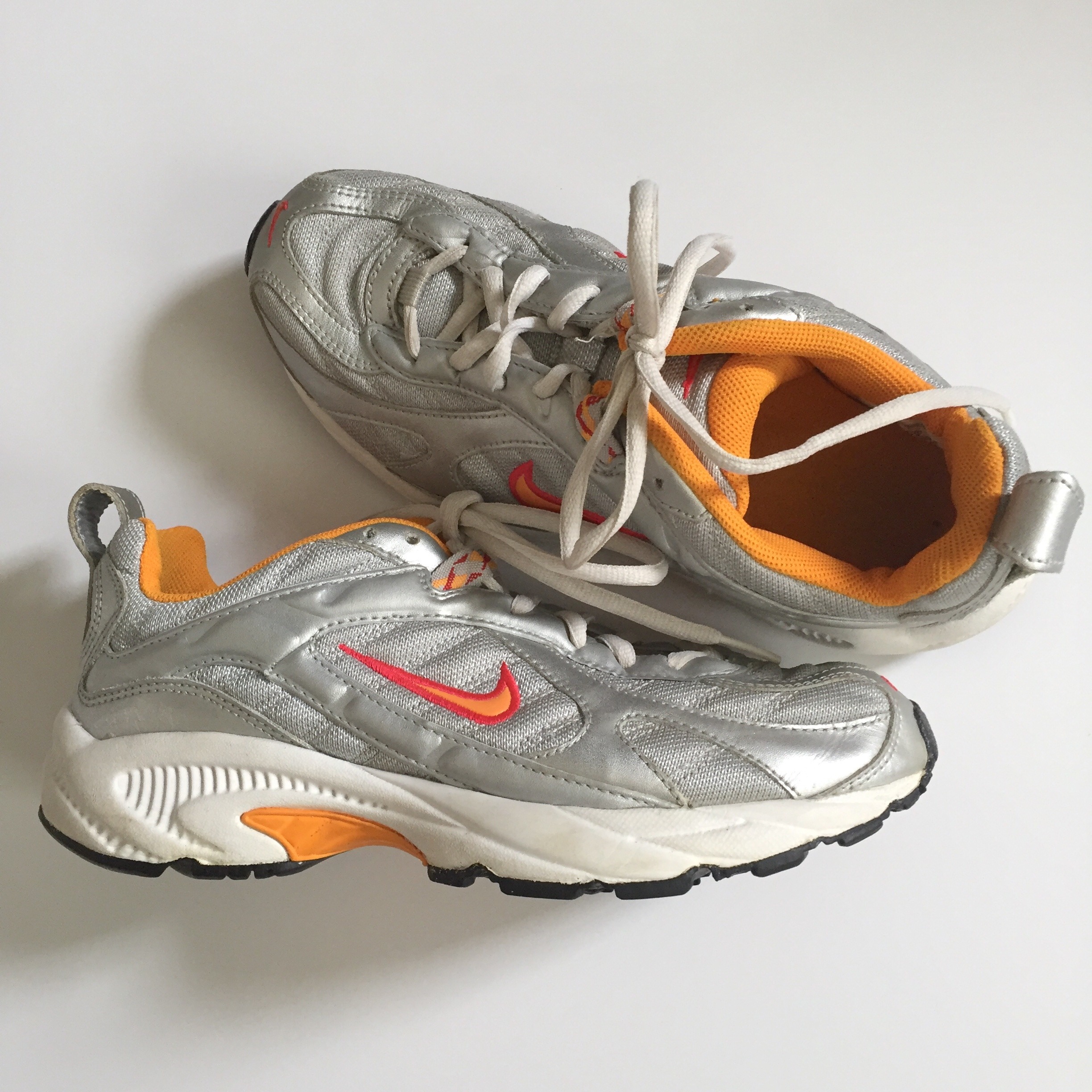 Older Nike dad/trainer shoes. In great