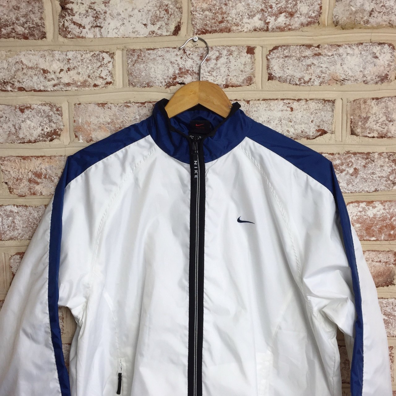 Older Nike Windbreaker jacket. In good condition a7bab3973
