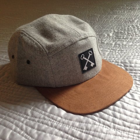 e22955caf6897 Hundredth tweed 5 panel hat. Nearly perfect condition these - Depop