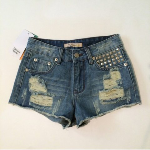 6a07168104 @vz519. 2 years ago. California, USA. Studded Denim Shorts. Brand new with  tags.