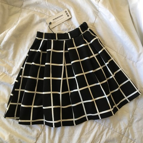 c3d0d728cb97 @vaneswag. 2 years ago. Palmdale, CA, USA. brand new with tags. black and white  pleated grid skater skirt ...