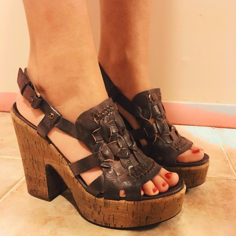 226e3c920793 Lucky Brand Platform Sandals Size 8.5 Gently used like cool - Depop