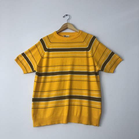 be6b14e7 Vintage 60s/70s men's yellow, brown and white striped knit 7 - Depop