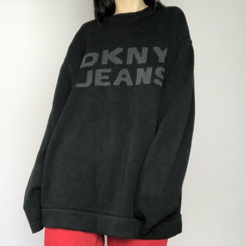 a3a4483d3323b8 Sweater Condition In Men s Dkny Great Knit Depop Size Jeans Logo CRnTwZAq