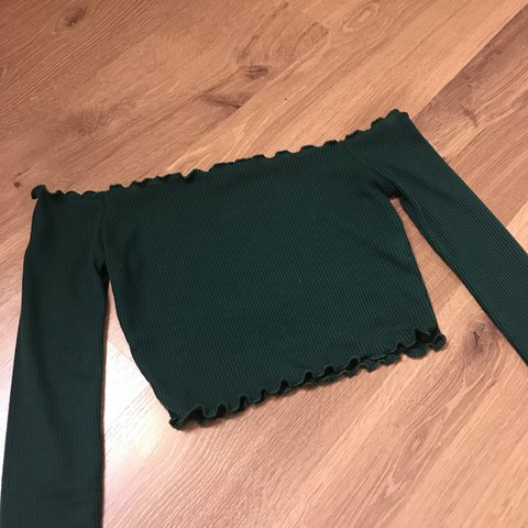 9622f07522f6d  heatherchantelle. 24 days ago. United Kingdom. Pretty little thing emerald  green Bardot frill edge crop top ...
