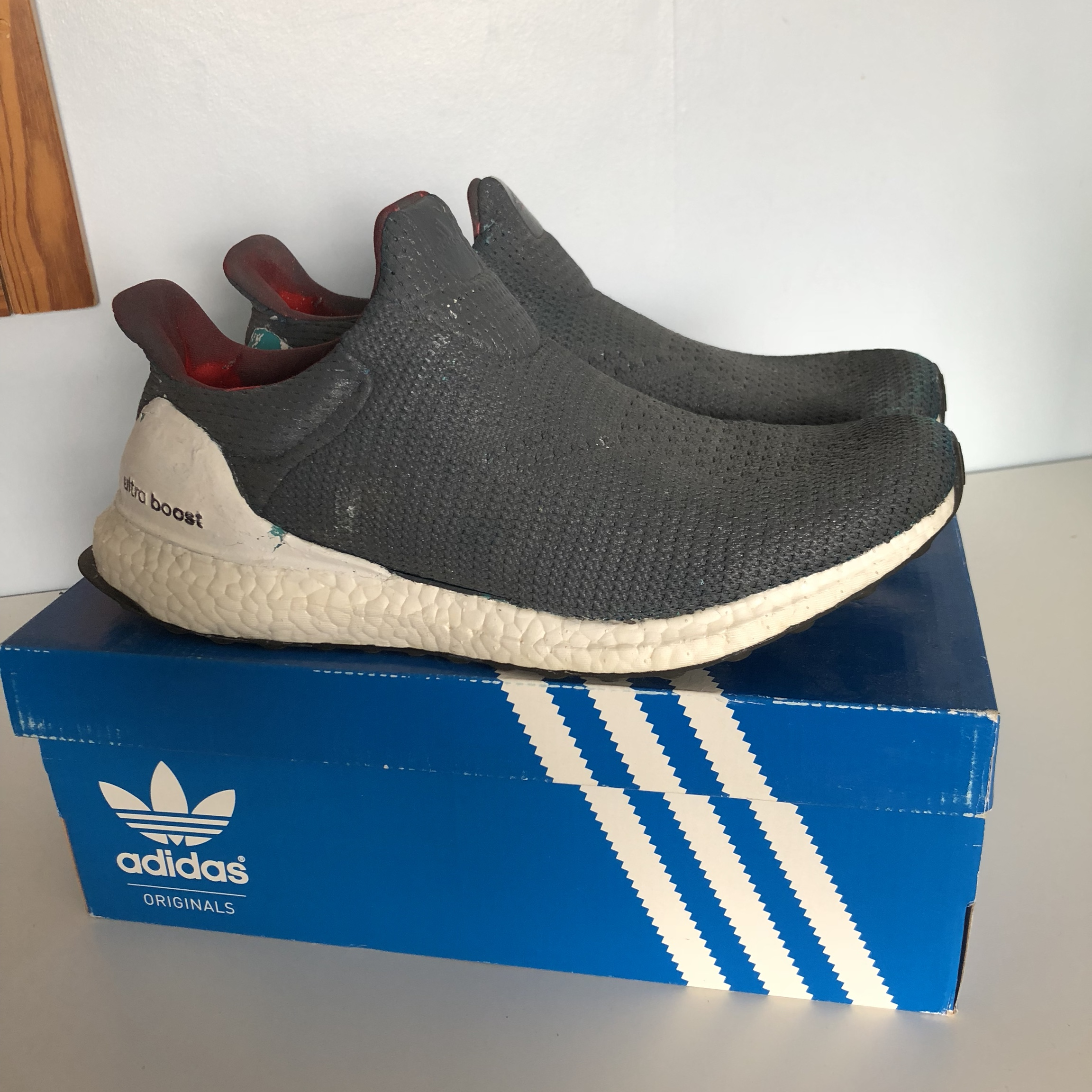 painting ultra boost