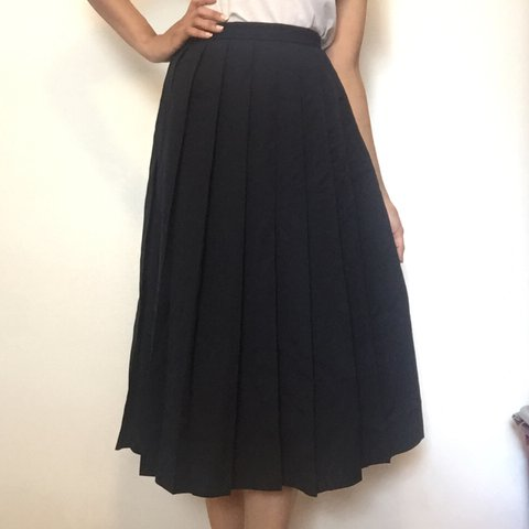 4a3b829b3a60 Vintage Ralph Lauren midi skirt. Made in USA. 100% wool. 6, - Depop