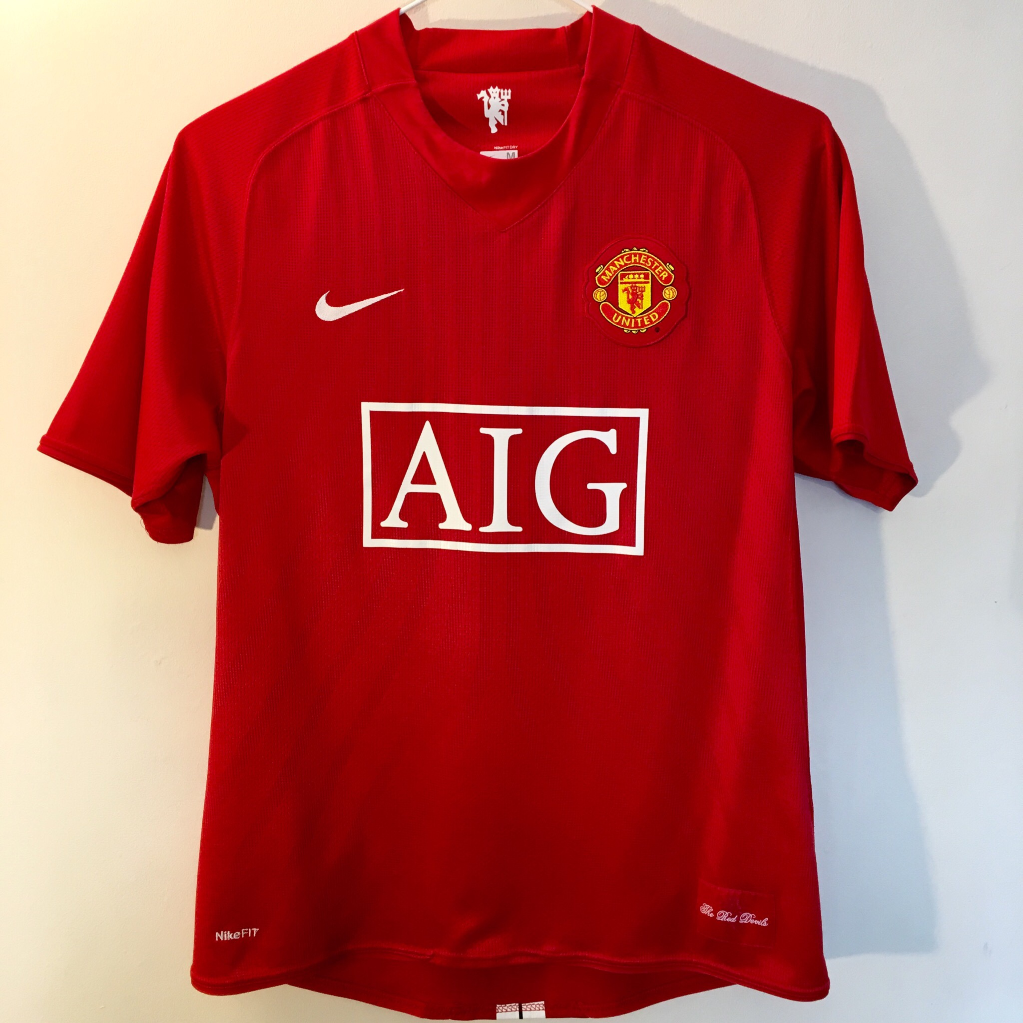 buy online a538c 9f8d0 MANCHESTER UNITED 1998-99 Nike / AIG Red Football ...