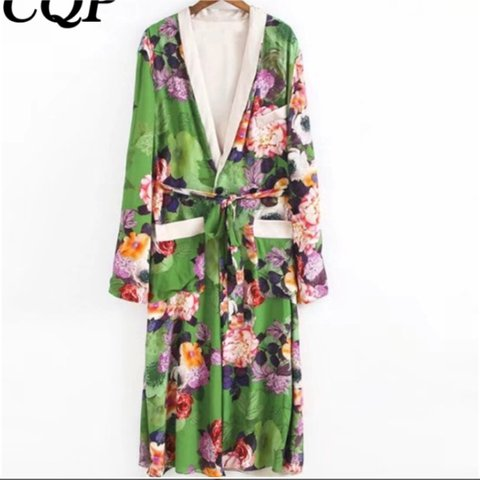 8c8b0fdd3c83b7 REDUCED WAS £32.99 NOW £26.99 BRAND NEW Floral Kimono in - Depop