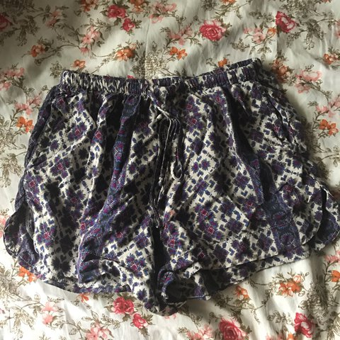 c567d16a80d Brandy Melville boho shorts with drawstring! Tags  forever - Depop