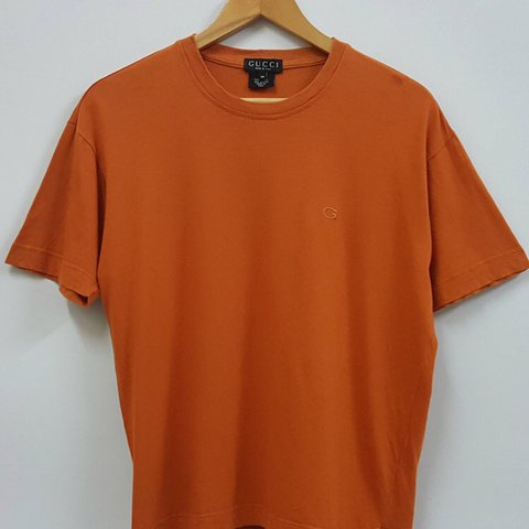 891a1855ca7 Orange Gucci t-shirt Price is negotiable - Depop