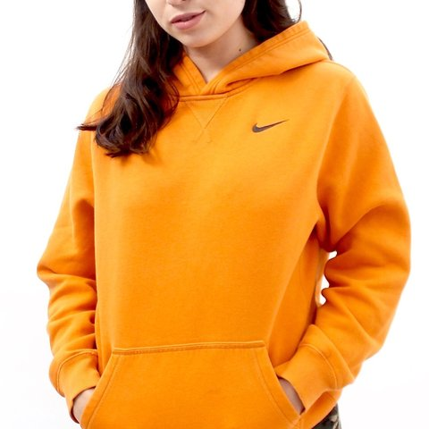 01d7fc00d58f 90 s retro orange NIKE hooded sweatshirt labelled as an XL - Depop
