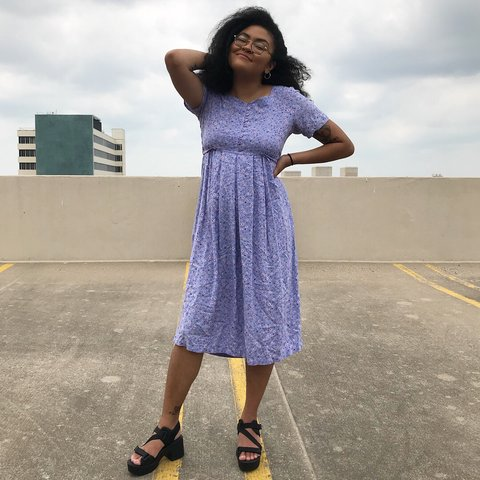 d8fac76a5428 @yungdevotion. last year. Wichita, United States. Vintage babydoll midi  dress in gorgeous lavender. Floral print.