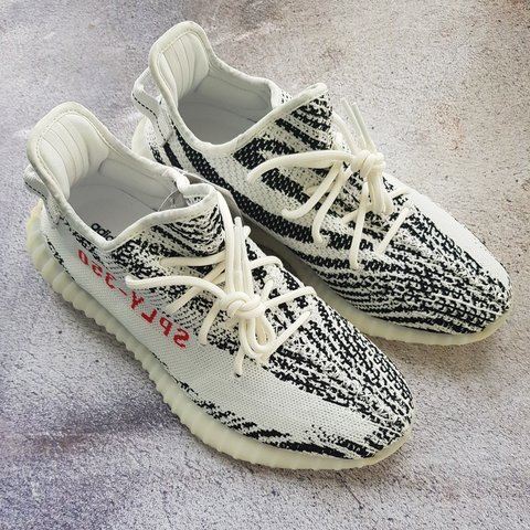 68cd944427328 Yeezy boost 350 V2 Black   White Zebra UK Size 9.5 Adidas - Depop