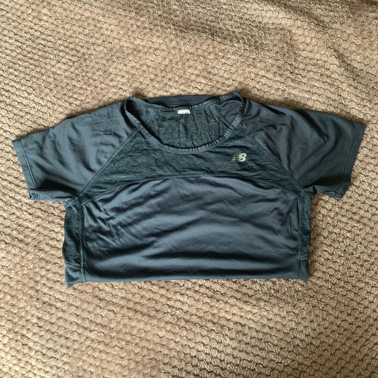 Woman's New Balance Gym Top - Excellent