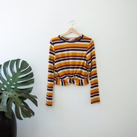 b2a16663 Madewell/Brandy Melville style cropped long sleeve! Stripped - Depop