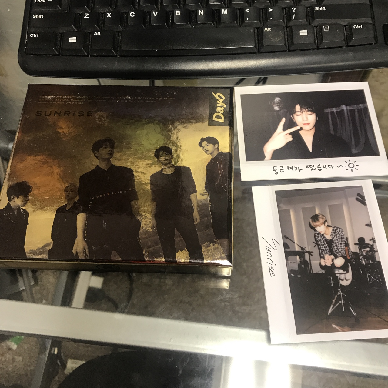kpop day6 - sunrise album - comes with pcs ON    - Depop
