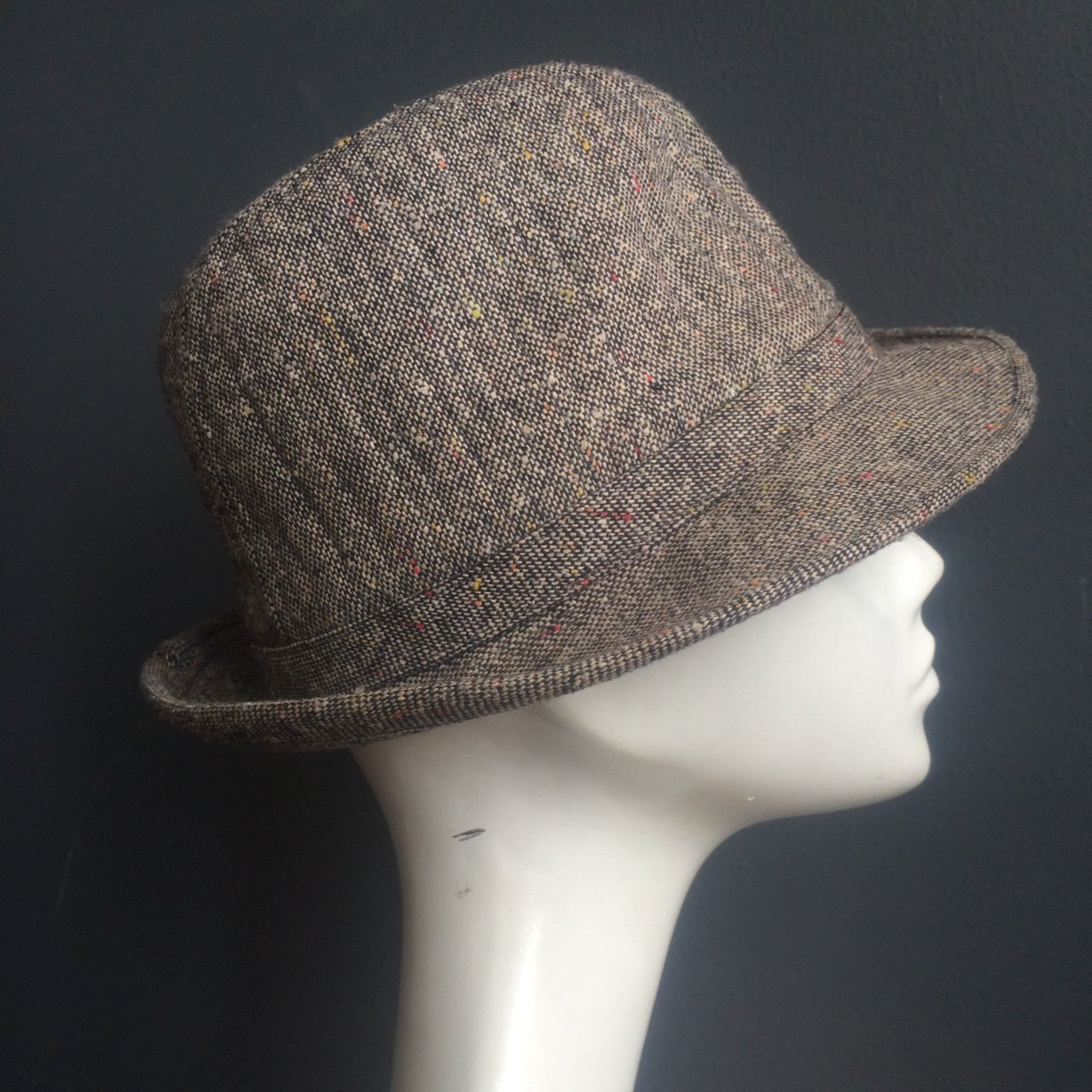 763e6daa2d4 Super cool vintage tweed fedora hat. Small Size (21-22