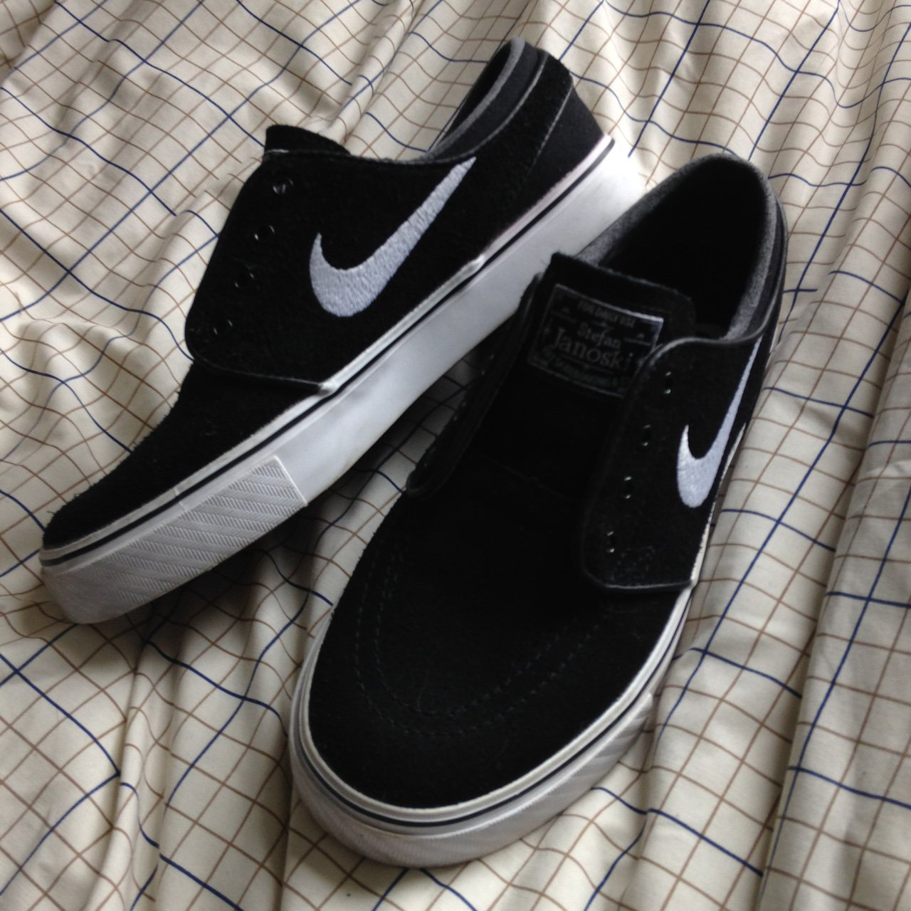 Open to offers ! Nike janoskians been worn once UK 4 will x - Depop fdcdcb049