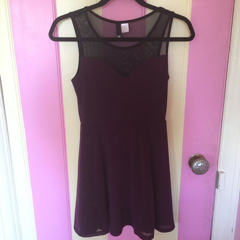 393f63037d Gorgeous plum  aubergine  burgundy dress from H and M has a - Depop