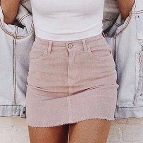2412769e02 @abbiebrown99x. 9 months ago. United Kingdom. Brandy Melville Pink cord  skirt, size ...