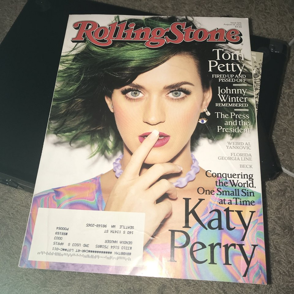 Rolling stone katy perry cover  Aug 2014 issue  $15    - Depop