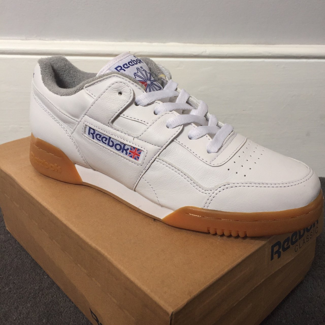 b14f8b2c2ed Reebok workout plus. White gum Size  UK7 Brand new