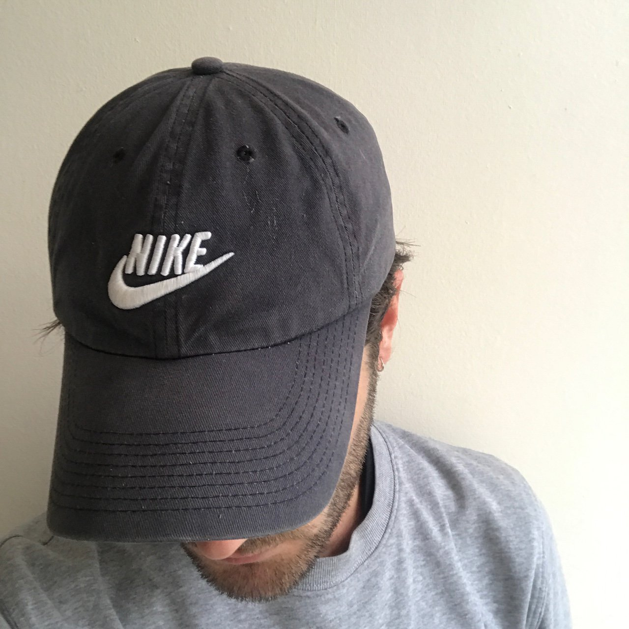 b653acafd0a Vintage Nike Cap Faded navy grey